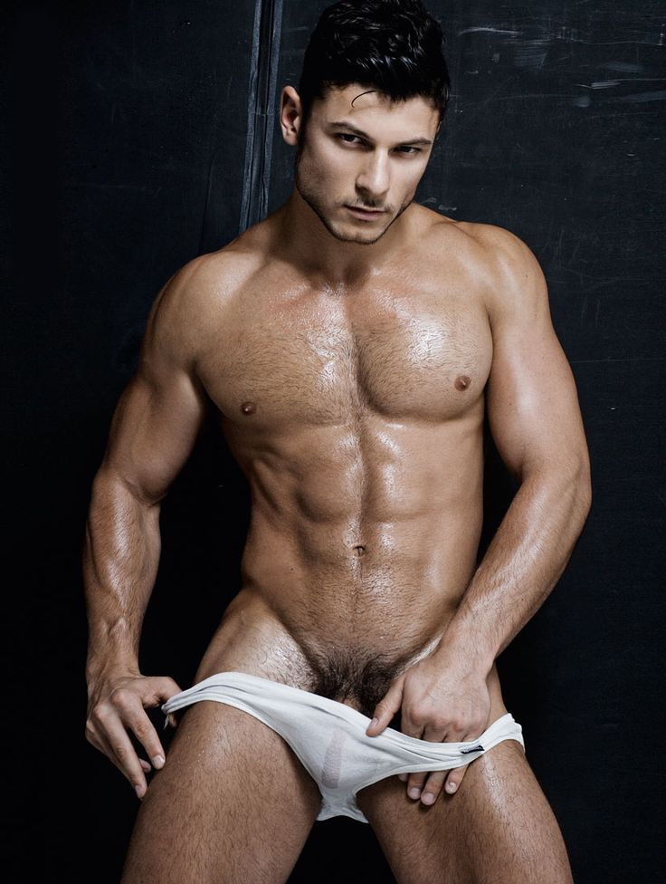 Ivan Pisecky Showing Hot Body